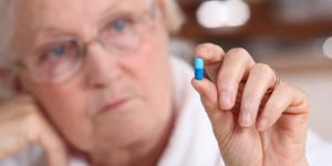Analges-antiinflamtorio-y-mayores-riesgos-04-07-2014-cardiofamilia
